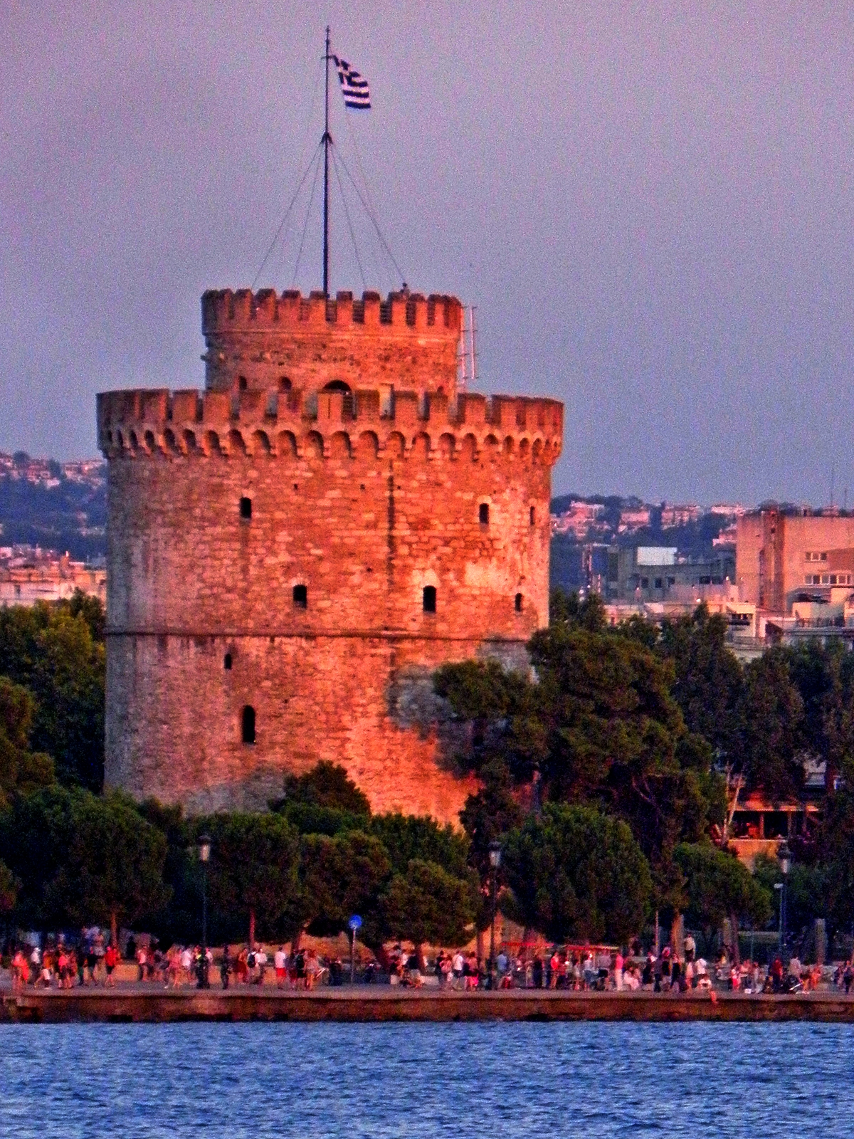 "The Tower of Blood of Thessaloniki Ο Πύργος του Αίματος της Θεσσαλονίκης, Turkish: Kanli Kule aka (after the whitewashing 1912) The White Tower of Thessaloniki (Greek: Λευκός Πύργος Turkish: Beyaz Kule;) built 1450 -1470 after the Turks captured Thessaloniki in 1430. The Tower was used by the Turks successively as a fortress, garrison and a prison. In 1826, there was a massacre of the rebellious Janissaries imprisoned there. Because very often the view of the Tower was painted with blood and there were many victims of Ottoman torturers and executioners, as well as executions of the Janissariesprisoners, at that time until the end of the 19th century the Tower was named ""Tower of the Blood"". Επειδή πολύ συχνά η όψη του Πύργου βαφόταν με αίμα και υπήρχαν πολλά θύματα από Οθωμανούς βασανιστές και εκτελεστές αλλά και εκτελέσεις των φυλακισμένων από τους Γενίτσαρους, εκείνη την περίοδο μέχρι και το τέλος του 19ου αιώνα ο Πύργος είχε ονομαστεί ως «Πύργος του Αίματος»."